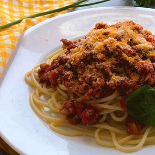 Cách làm mì spaghetti sốt bò bằm