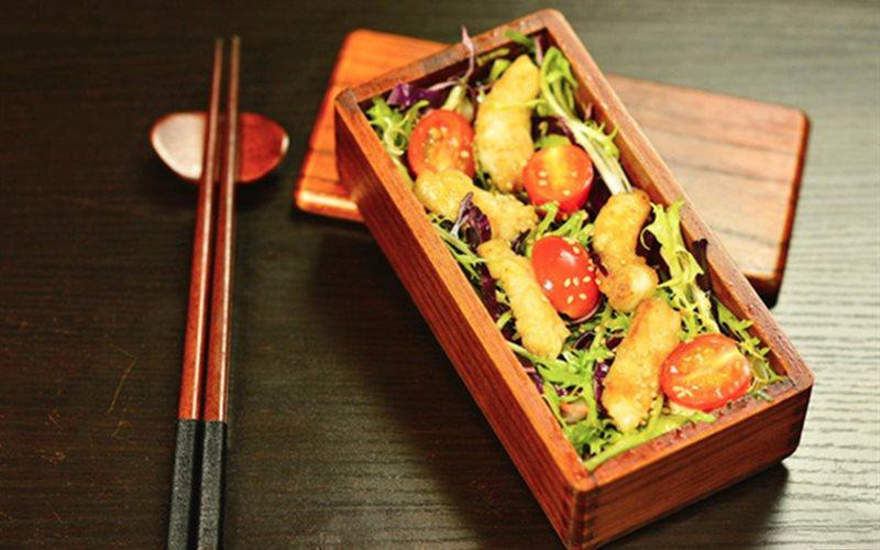 Cách làm salad cá rau củ