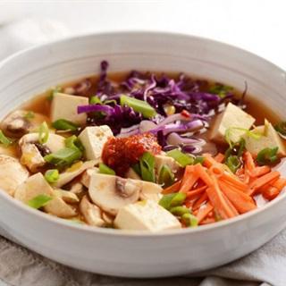 Cách nấu súp đậu hũ nấm rau củ