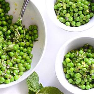 Salad đậu Hà Lan bạc hà