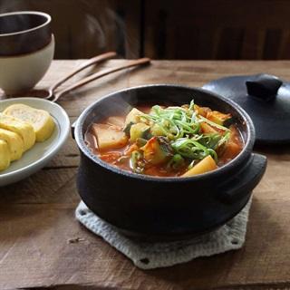 Cách làm canh khoai tây bí ngòi kiểu Hàn