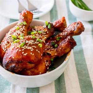 Đùi gà nướng sốt Hàn Quốc