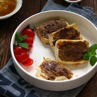 Cách làm bánh bao phết sốt bơ mè nướng
