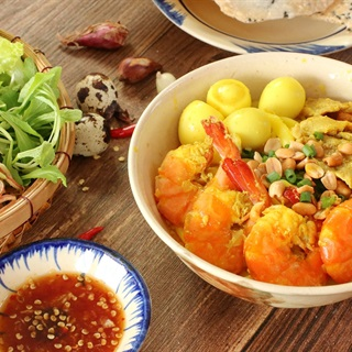 Cách làm Mì Quảng tôm thịt thơm ngon tiết kiệm làm tại nhà