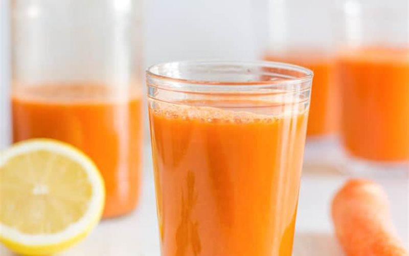 Cách làm Nước ép táo cà rốt cần tây