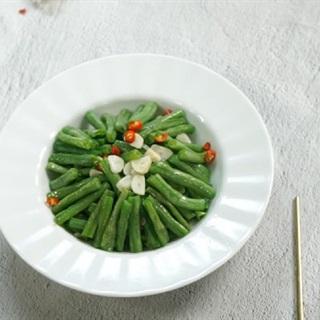 Cách làm đậu đũa xào tỏi đơn giản