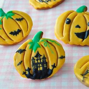 Bánh quy hình trái bí đỏ cho Halloween