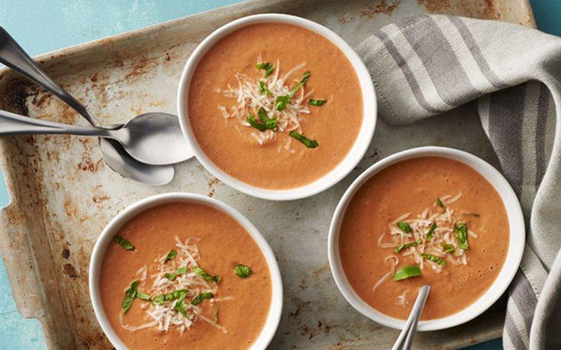 Cách nấu súp kem cà chua húng quế