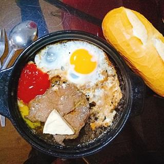Cách làm Beefsteak trứng phô mai