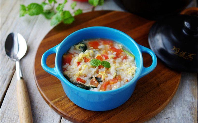 Cách làm cháo trứng và cà chua