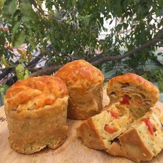 Cách làm Bánh Muffin mặn - Gà và rau củ