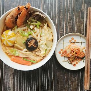 Cách làm Mì udon kimchi hải sản