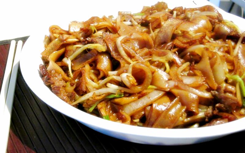 Cách làm hủ tiếu xào thịt bò rau nấm