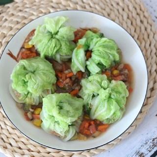 Cách làm cải thảo cuộn thịt và rau củ hấp