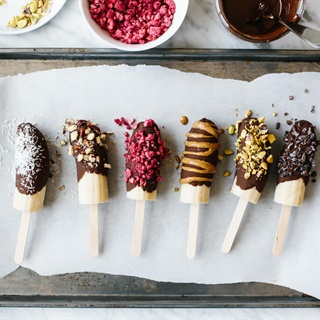 Cách làm Kem chuối tẩm chocolate