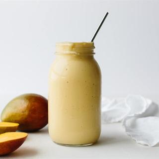 Cách làm sinh tố xoài chuối bổ dưỡng