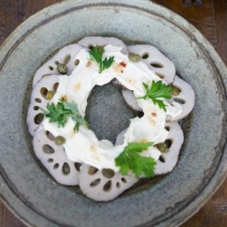 Cách làm salad củ sen trộn sốt đậu hũ