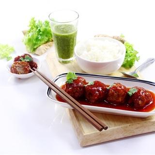Cách làm Thịt Viên Sốt Chua Ngọt hấp dẫn cho bữa ăn cả nhà