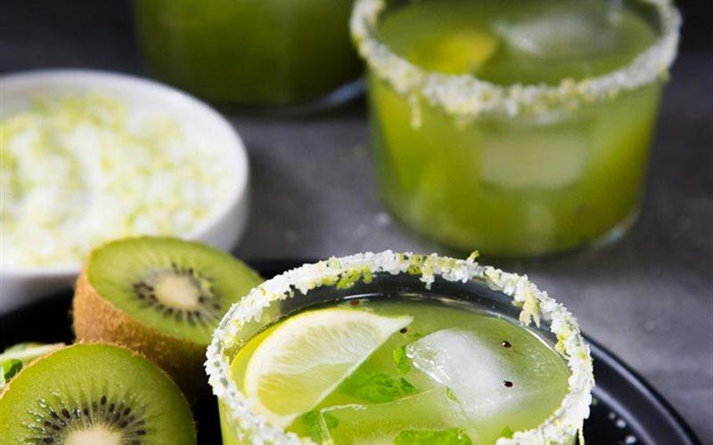 Cách làm Cocktail bạc hà kiwi