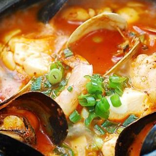 Cách làm Canh đậu hũ kimchi hải sản