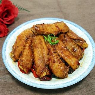 Cách làm cánh vịt xào ớt cay thơm