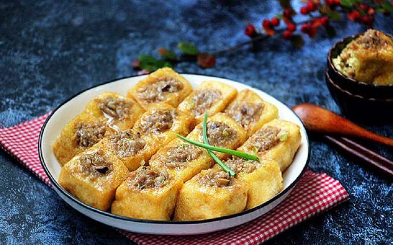Cách làm Đậu Hũ Chiên Nhồi Thịt Nấm Đông Cô cho bữa cơm