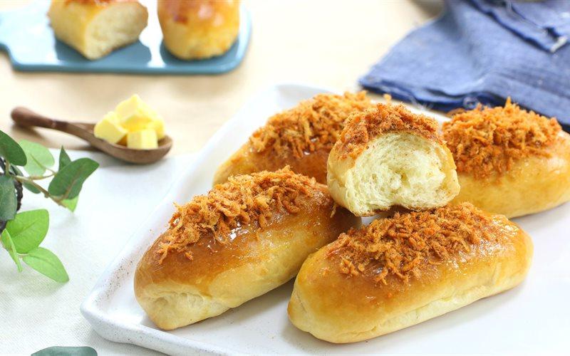 Kết quả hình ảnh cho bánh mì ngọt chà bông