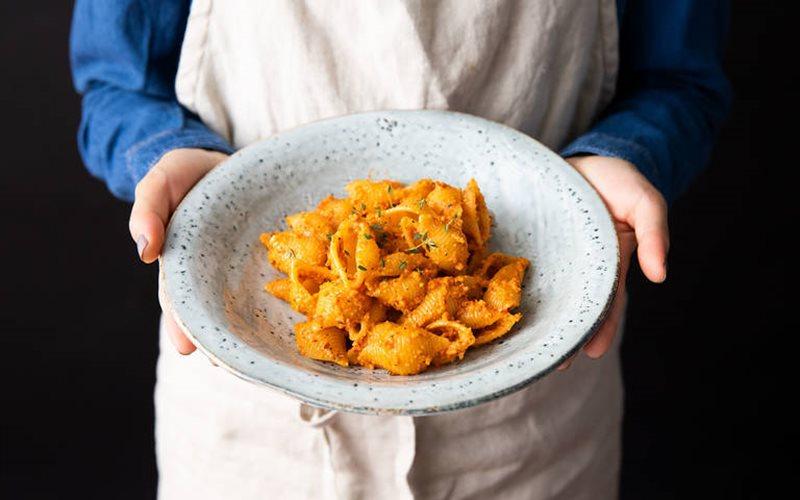 Cách làm Pasta Pesto ớt chuông nướng