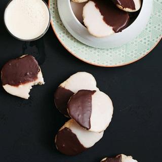 Cách làm Bánh cookie chocolate 2 màu