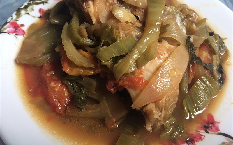 Cách làm Cá Diêu Hồng Om Dưa thơm ngon cho bữa cơm nhà