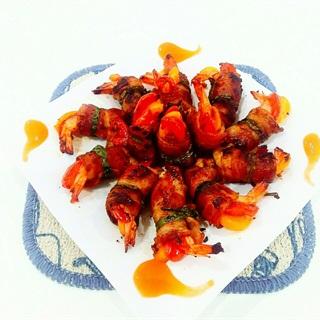 Cách làm Thịt ba chỉ cuộn tôm ớt chuông