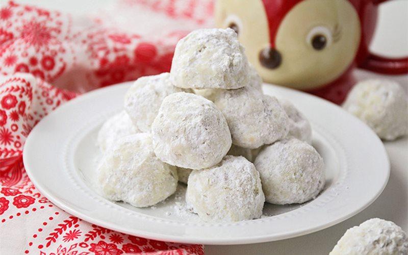 Cách Làm Bánh Cookie Snowball Giáng Sinh Siêu Ngon