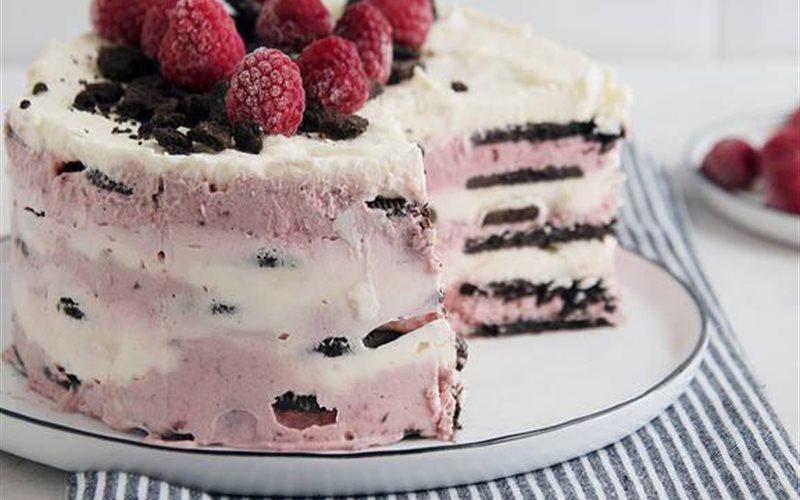 Cách làm Bánh kem Oreo mâm xôi