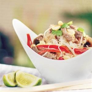 Miến trộn thịt bò kiểu Thái