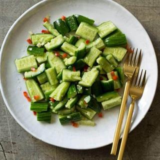Cách làm Salad dưa leo ớt chuông
