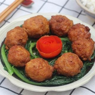 Cách làm Thịt Bọc Trứng Cút Chiên Giòn ngon cho cả nhà