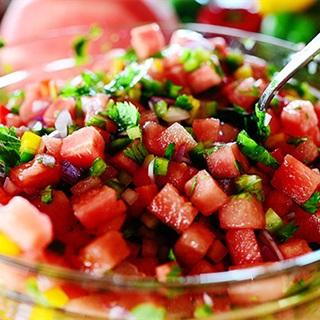 Cách làm Salad Dưa Hấu Rau Quả thanh mát và giòn ngọt