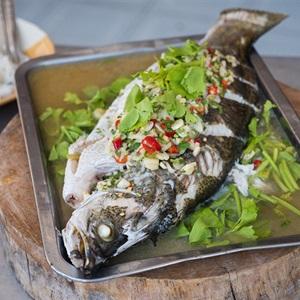 Cá hấp kiểu Thái