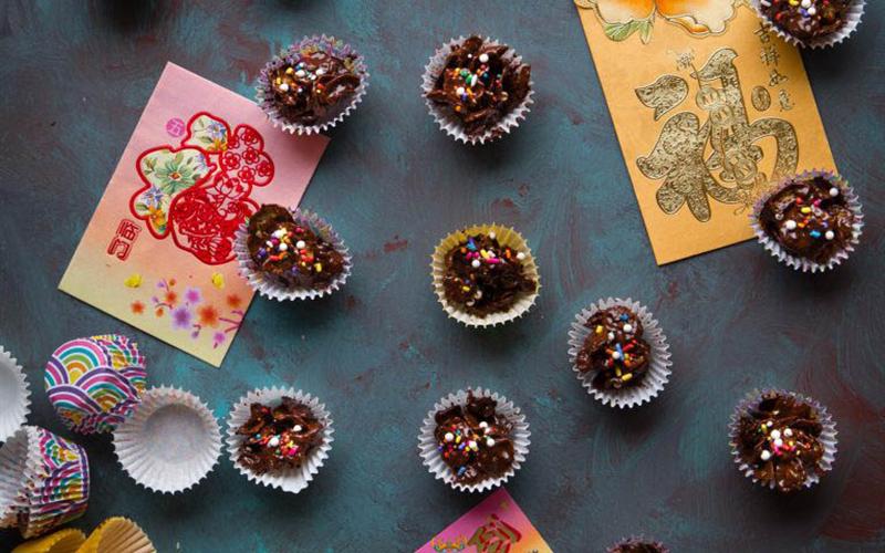 Cách làm Kẹo Chocolate Ngũ Cốc ngọt ngào đón năm mới