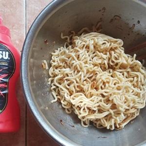 Mì xào khô trộn tương ớt siêu cay CHIN-SU
