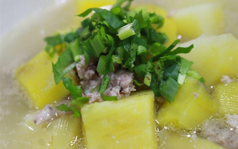 Cách nấu Canh Khoai Lang Thịt Bằm ngọt mát ngon bổ