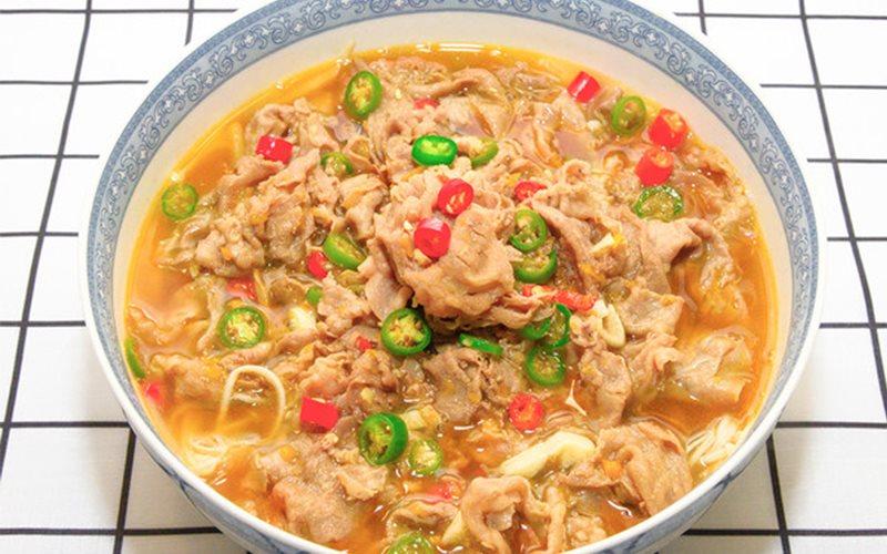 Cách nấu Canh Thịt Bò Nấm Kim châm thơm ngon bổ dưỡng