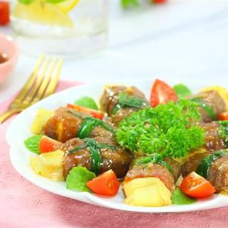 Cách làm Thịt Bò Cuộn Phô Mai Nướng béo ngậy thơm ngon