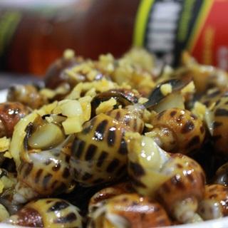 Cách làm Ốc Hương Xào Bơ Tỏi thơm ngon béo ngậy ngọt thịt
