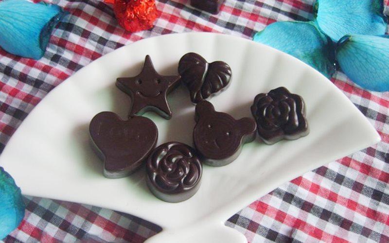 Cách làm Chocolate Thơm Ngon đơn giản cho Valentine