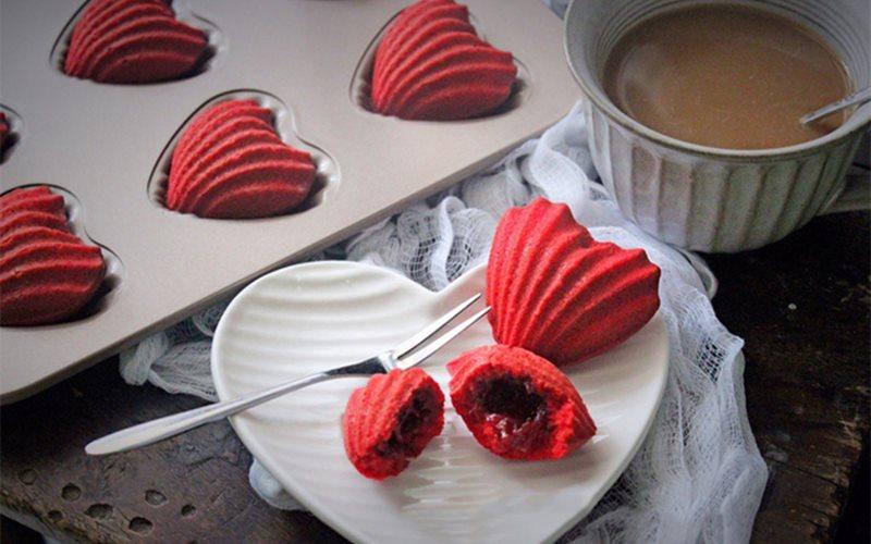 Cách làm Bánh Bông Lan Trái Tim tặng người yêu ngày Valentine