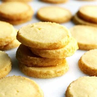 Cách làm Bánh Quy Bơ vàng giòn rụm thơm lừng căn bếp