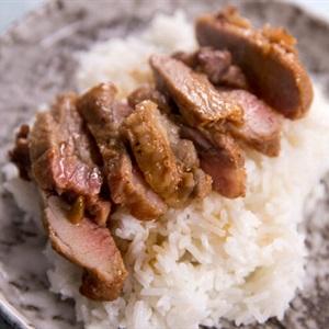 Thịt heo nướng sốt chanh