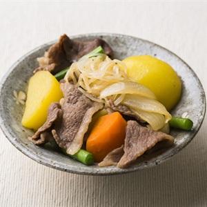 Thịt nấu khoai tây Hokkaido - Beef and potato stew