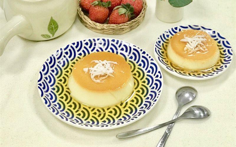 Cách làm Bánh Flan Vị Dừa béo ngậy và đẹp mắt, không bị rỗ